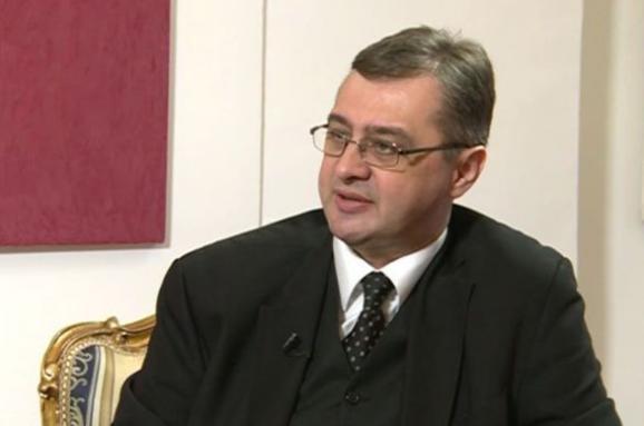 Юліан Кіфу