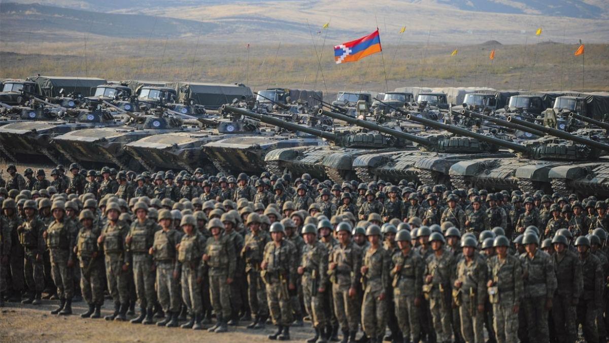 Азербайджану тоже давали «миролюбивые» советы, но ... Именно в итоге Второй Карабахской войны Азербайджан вернул контроль над всей своей государственной границей