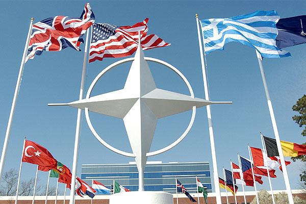 Румунський експерт з міжнародної безпеки Клаудіу Деджерату: НАТО збереже тверду позицію щодо засудження російської агресії та анексії Криму
