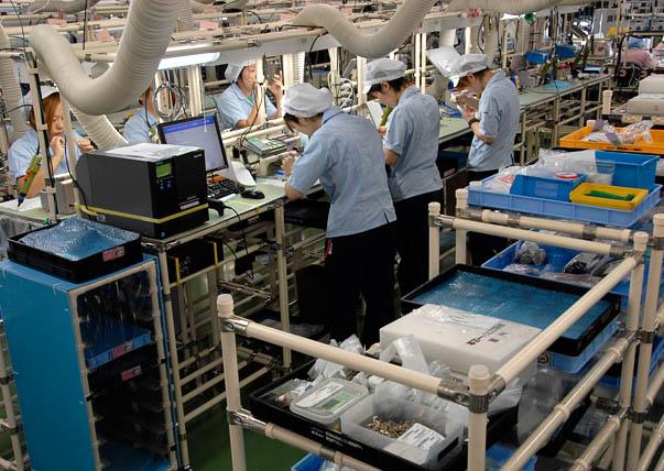 Виробництво фотоапаратів Nikon в Японіії