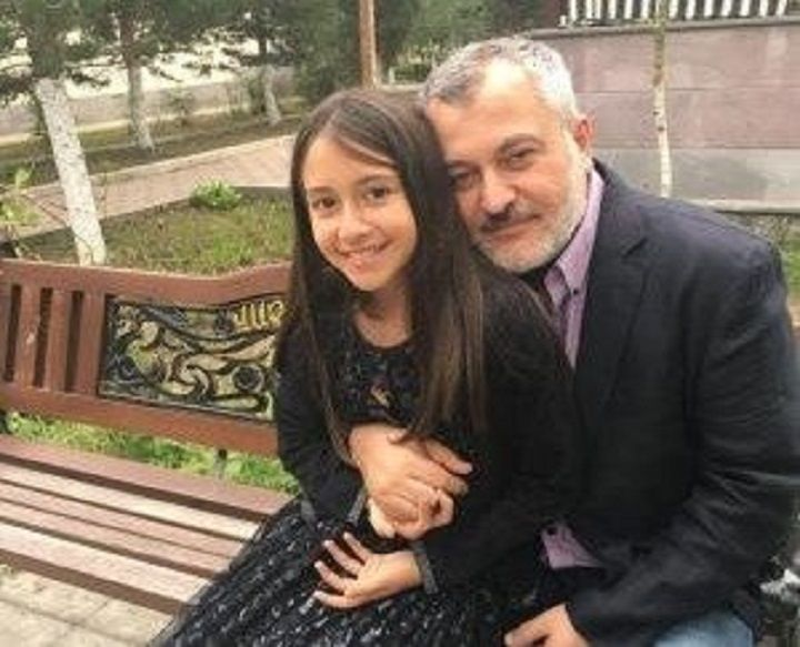 48-year-old Kristapor Artin from Toronto, seen here with his daughter, died in early October while fighting for Armenia in the ongoing conflict for the Nagorno-Karabakh region.