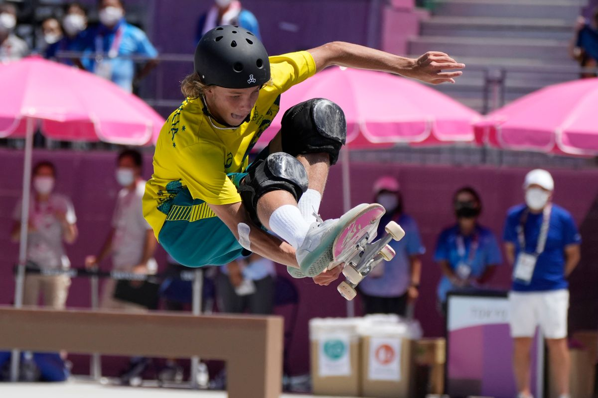 Keegan Palmer of Australia competes in the men's park skateboarding finals at the 2020 Summer Olympics, Thursday, Aug. 5, 2021, in Tokyo, Japan. (AP Photo/Ben Curtis).