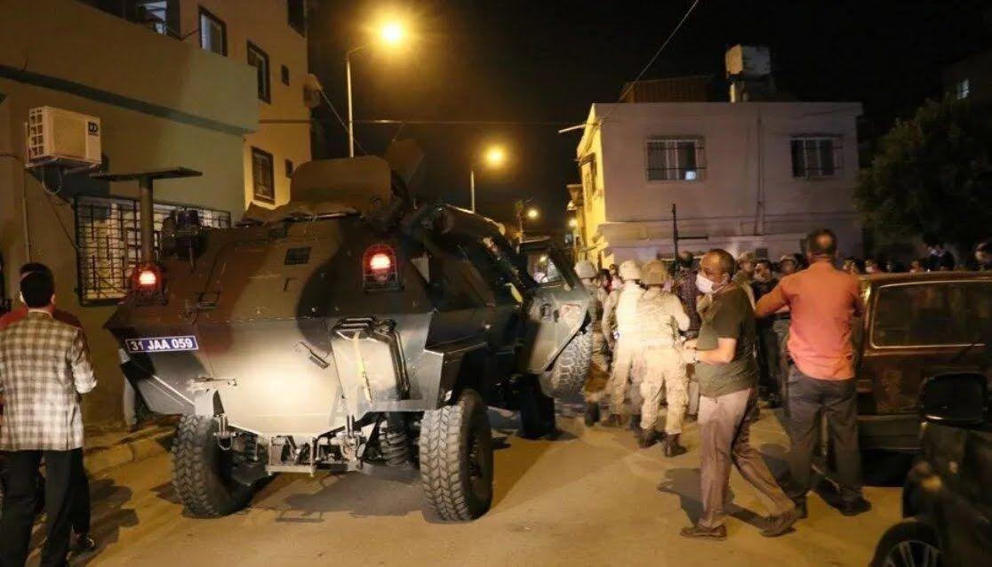 Силовики провели спецоперацію в Іскендеруні.