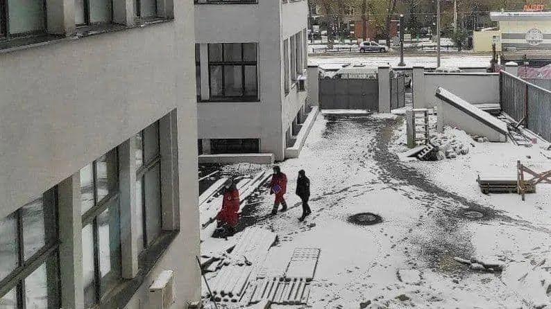 """В Харькове из окна """"Госпрома"""" выпала женщина"""