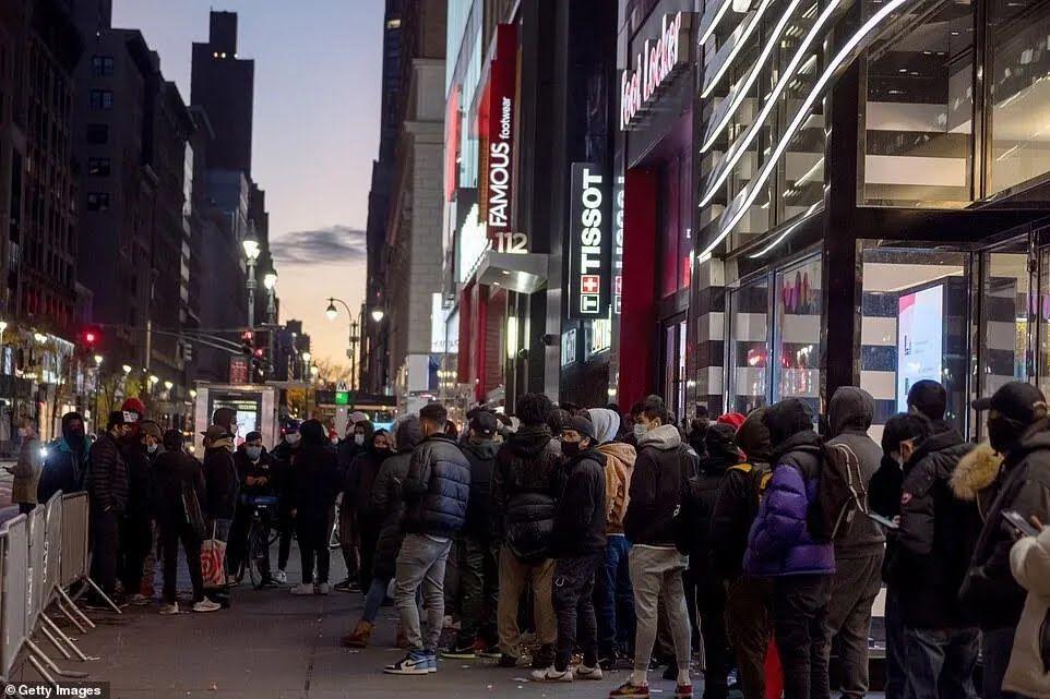 Нарушение карантина в Нью-Йорке