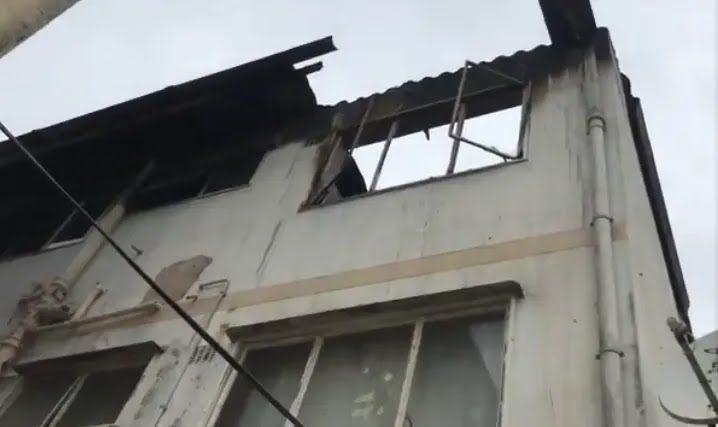 Дом, на который перекинулся огонь