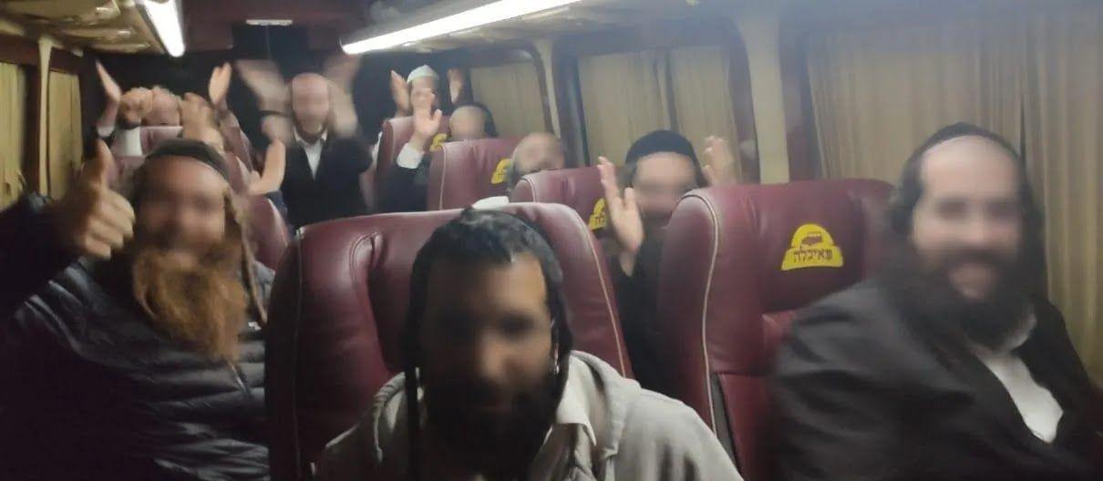 Среди задержанных 10 граждан Израиля и 1 гражданин Франции.