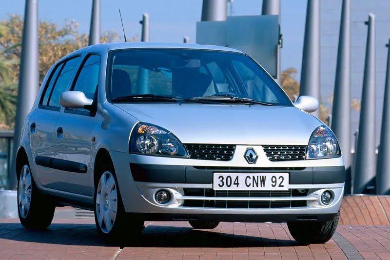 Renault Clio - один из самых популярных авто из Франции.