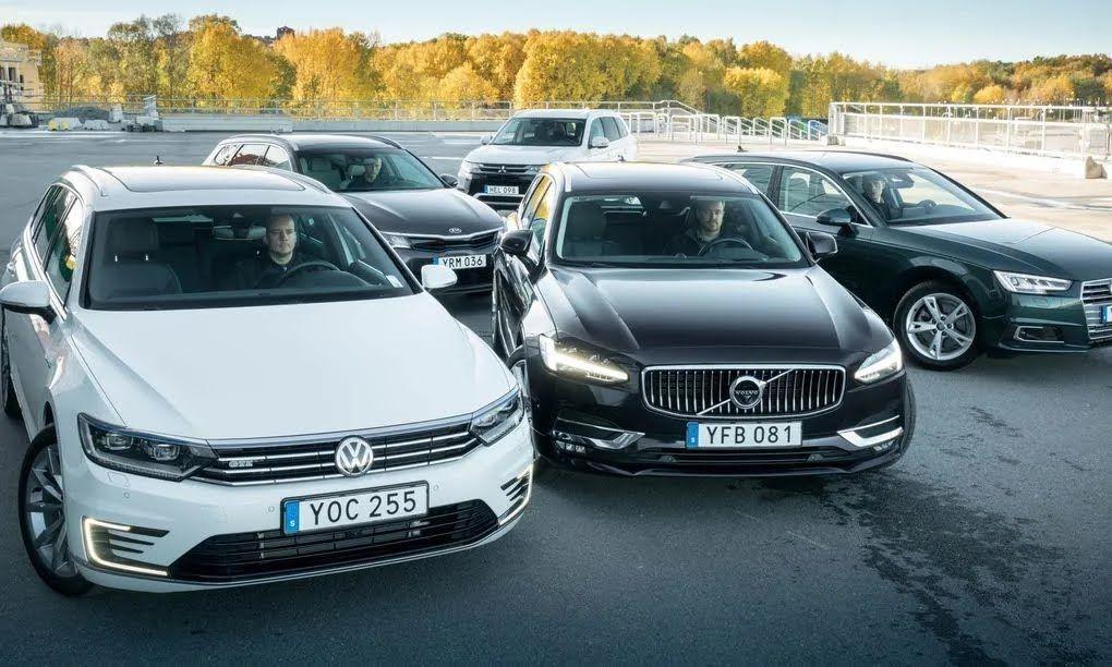 В Швеции автомобили часто страдают из-за холода.