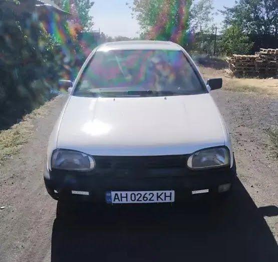 VW Golf за 2000 евро.