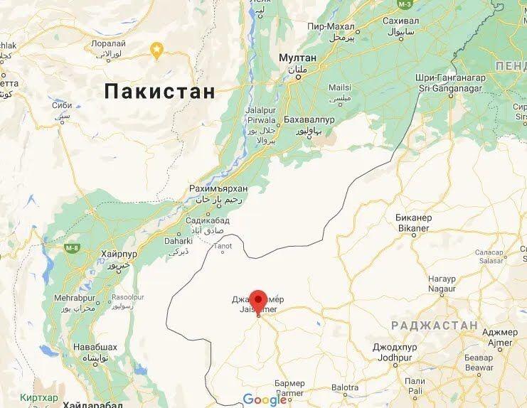 Джайсалмер розташований недалеко від кордону з Пакистаном.