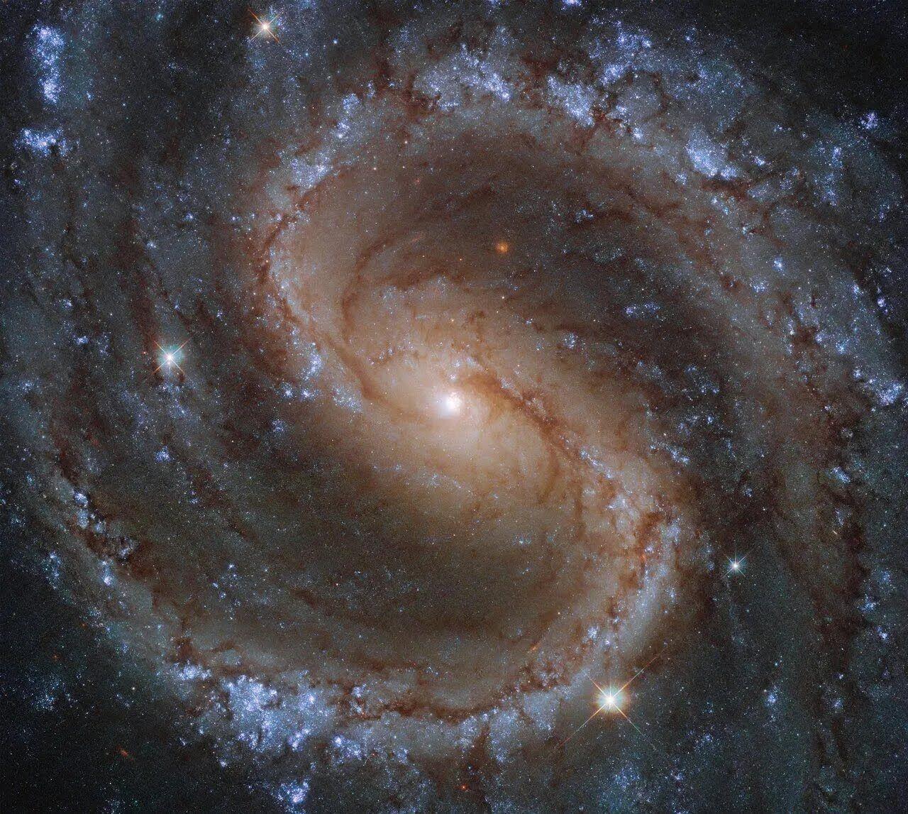 """Фото """"затерянной галактики""""."""