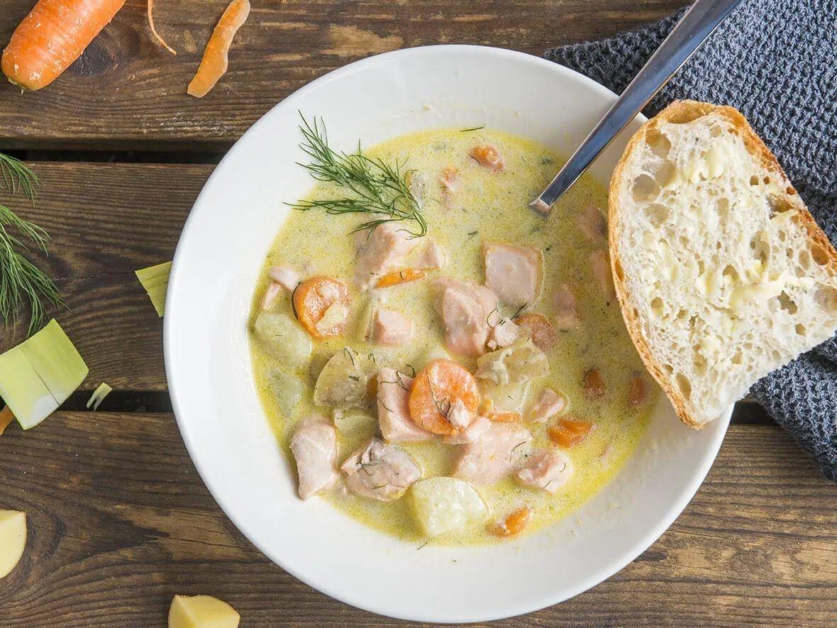 Сливочный суп с лососем – популярное блюдо в Финляндии.