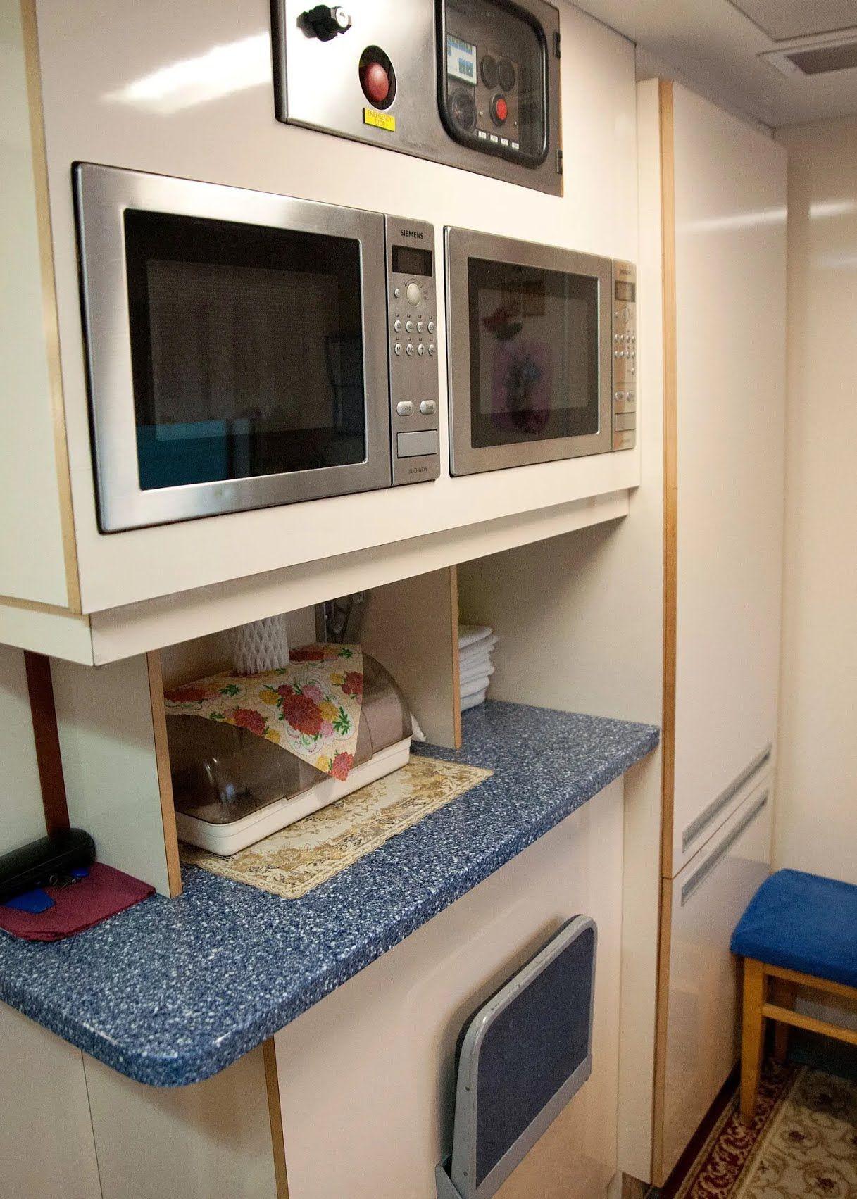 В вагонах есть отдельные кухни