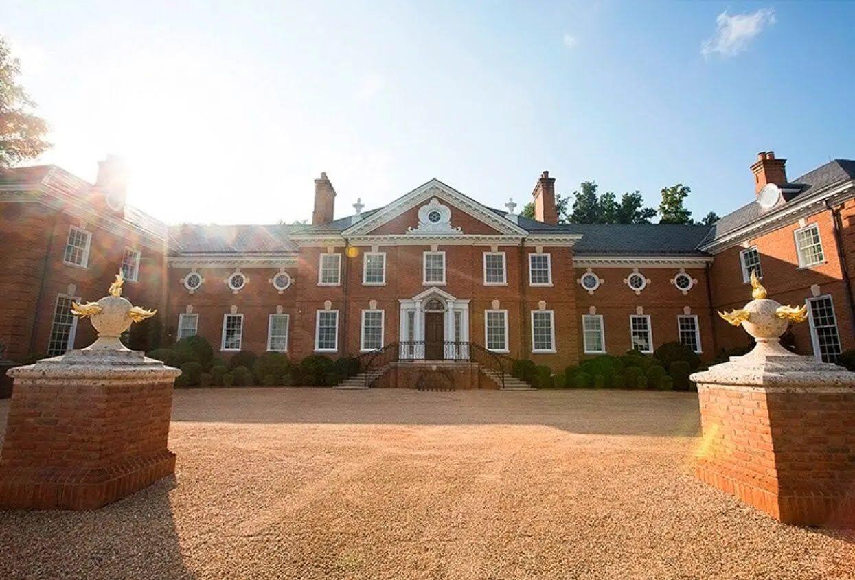 Этот исторический особняк был построен в XVIII веке.