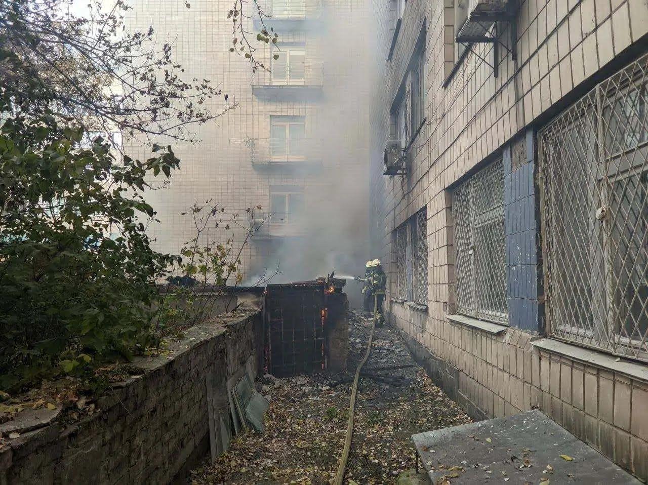 Будівля розташована на вулиці Винниченка, 9А