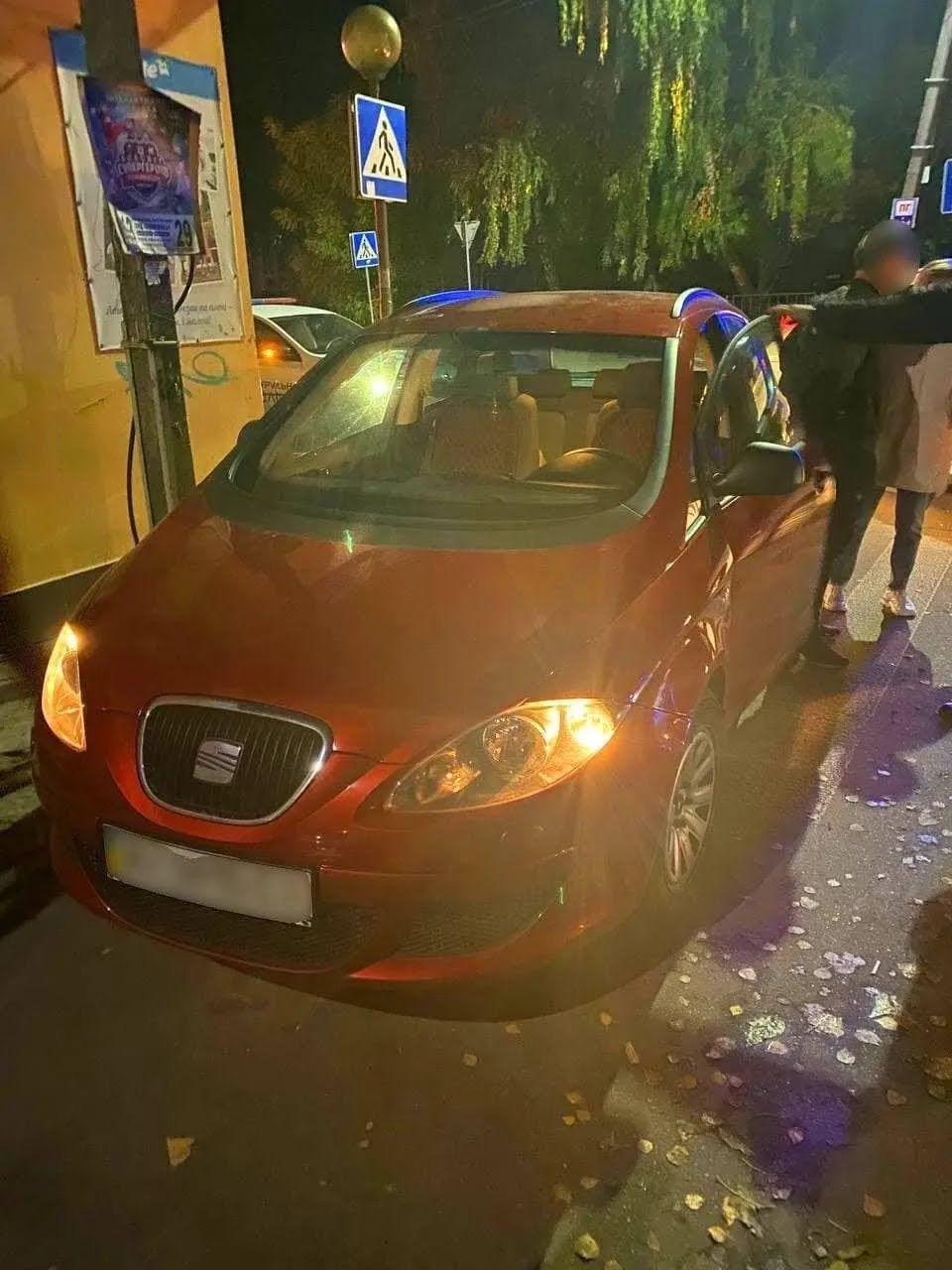 Автомобіль SEAT, на якомі збили дитину