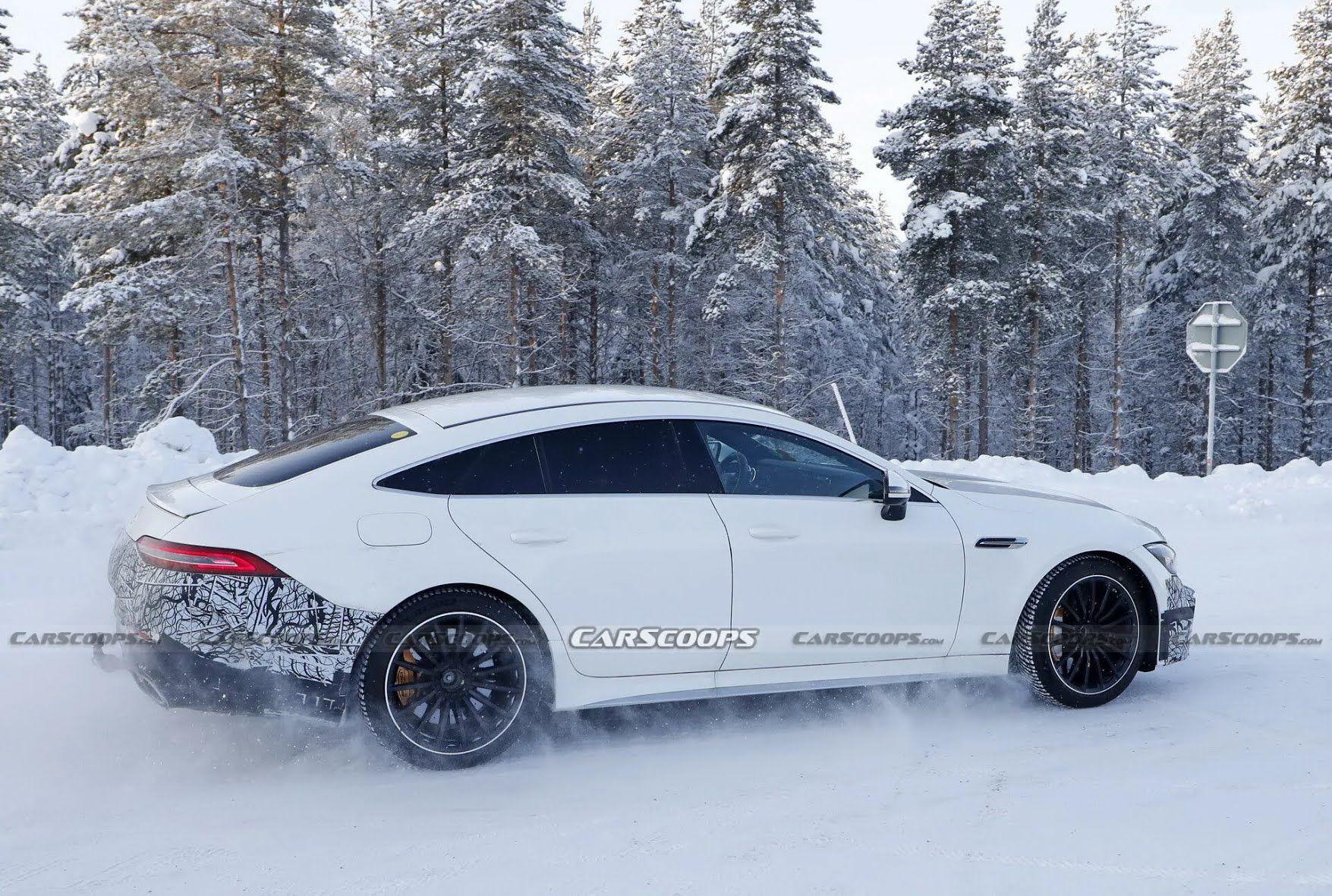 Главным конкурентом Mercedes-AMG GT 73e станет Porsche Panamera Turbo S E-Hybrid