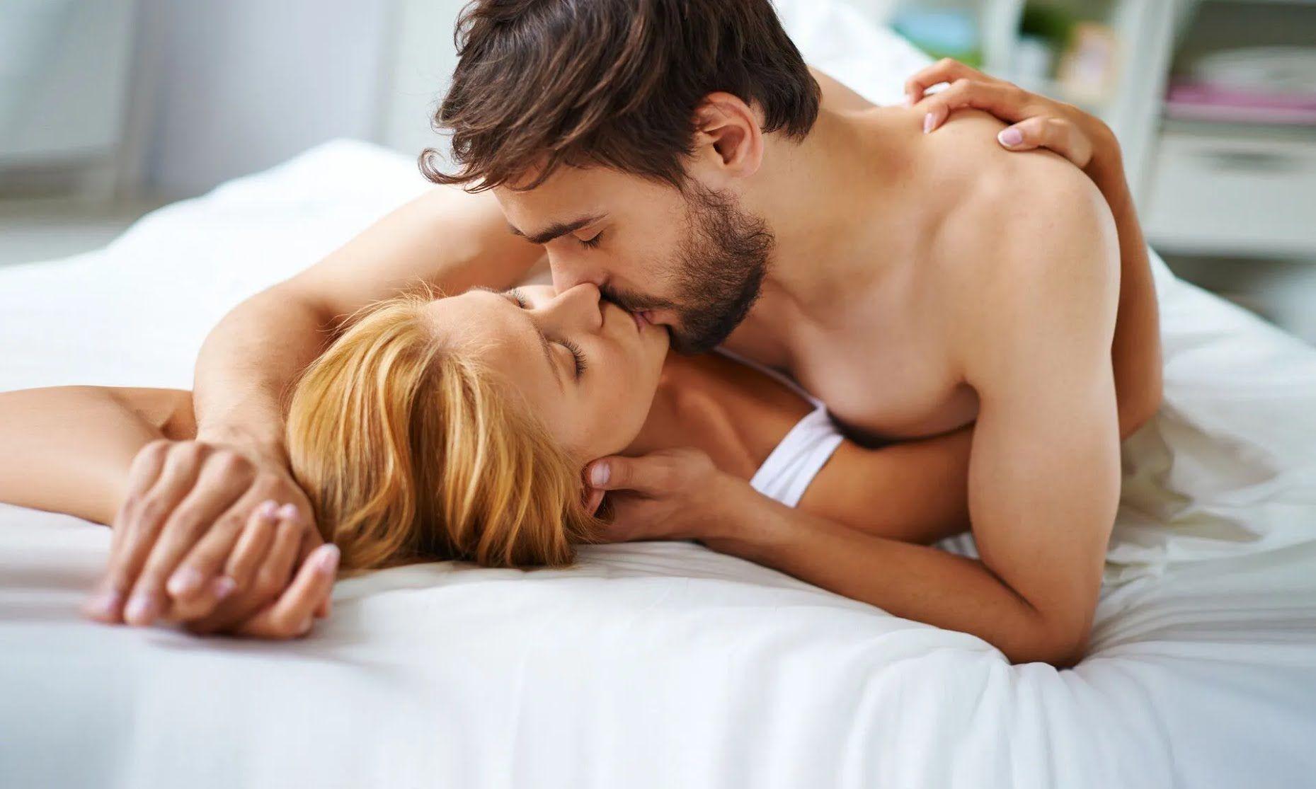 Важно отличать порно-идеалы от реальности в сексе.