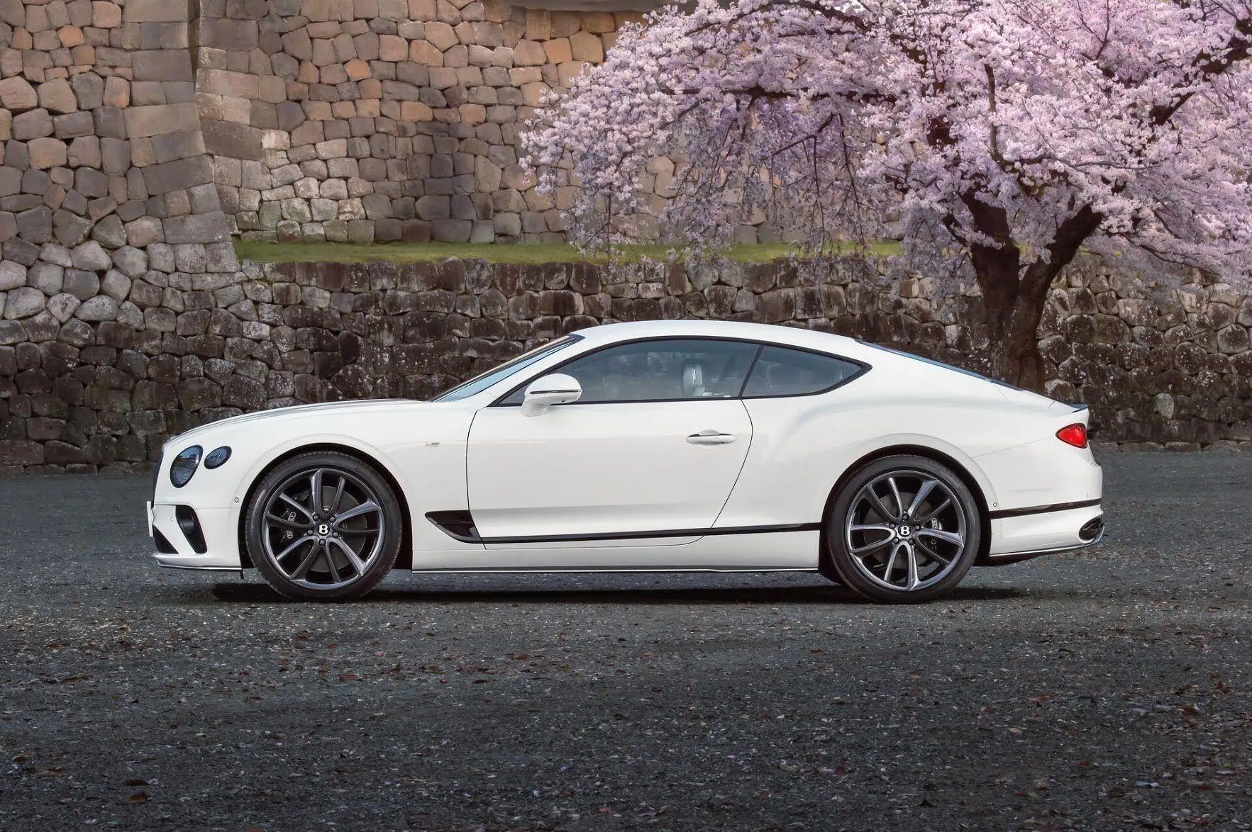 Один из 10 Bentley Continental GT V8 Equinox Edition
