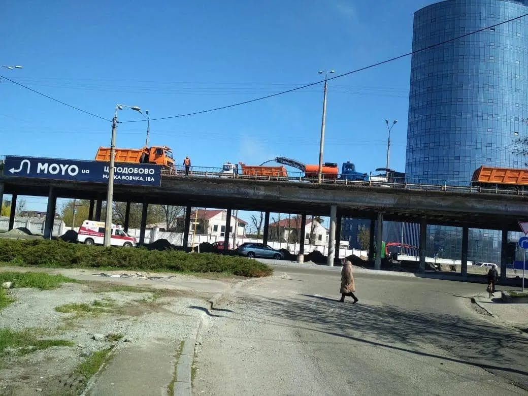 Новоконстантиновский путепровод обновят к концу 2021 года.