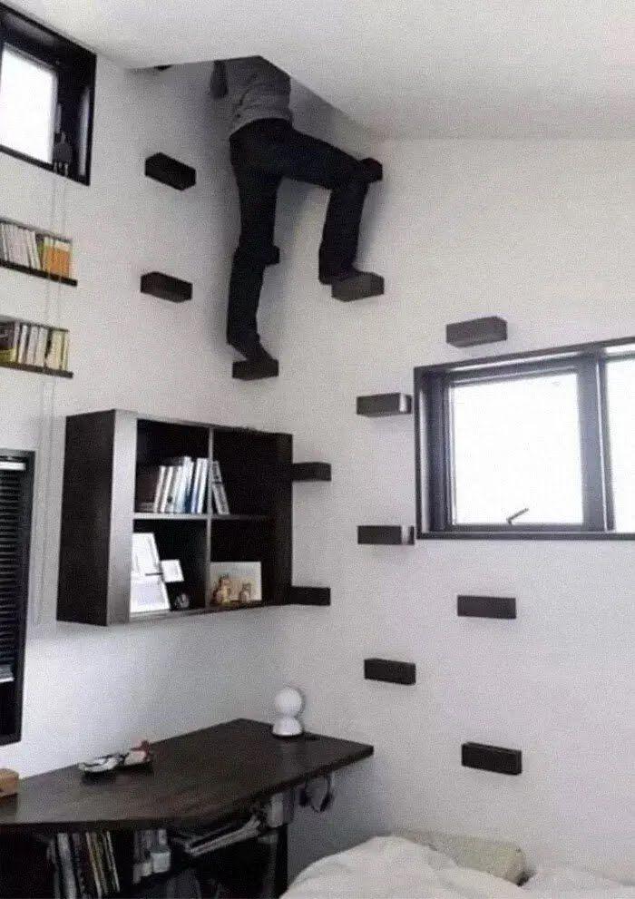 Лестница не занимает много пространства.