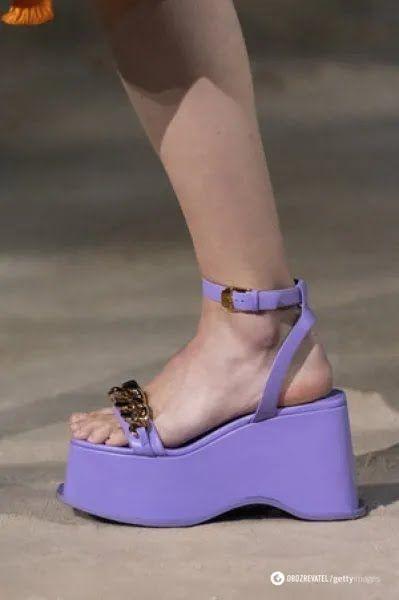 Платформа – выбор для смелых и стильных женщин, которые хотят сделать акцент на обуви.