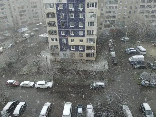 Снег на западной Украине.
