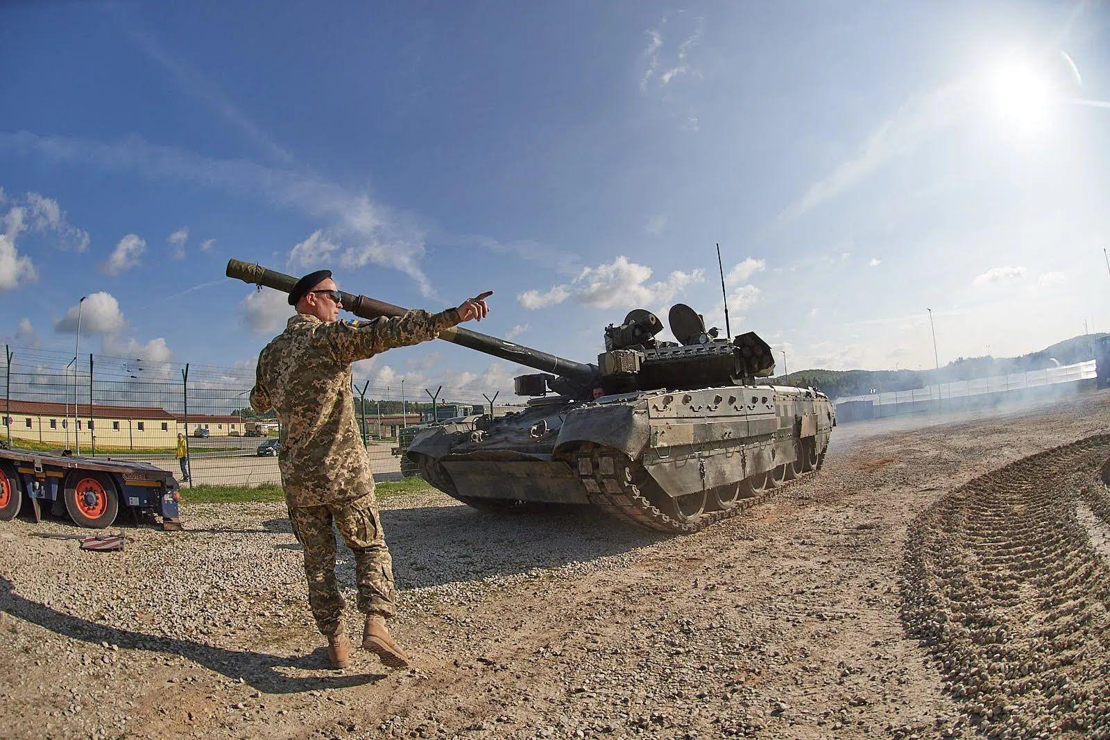 Украинская армия имеет потенциал отбить Донбасс военным путем, считает генерал Михаил Забродский