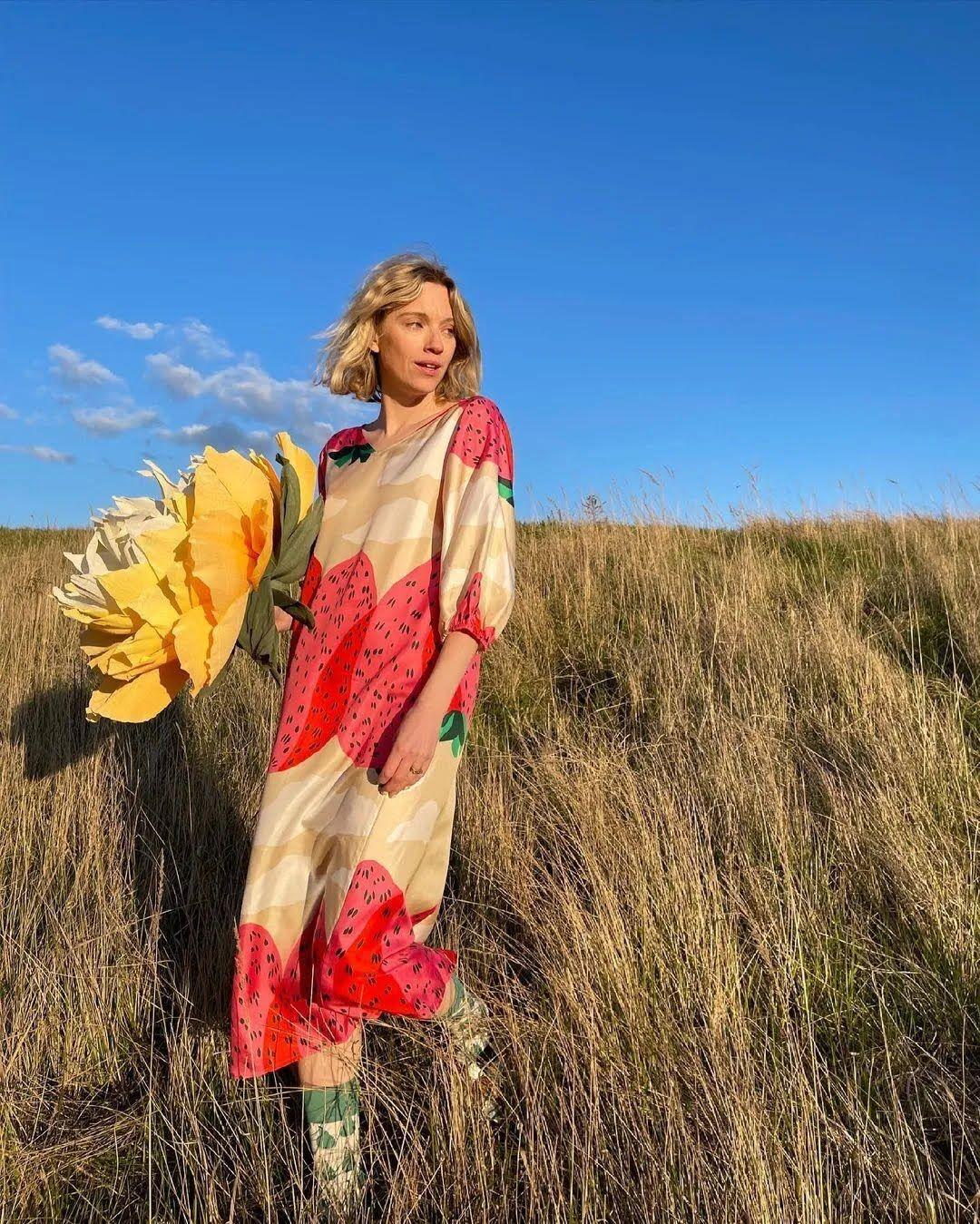 Модное шелковое платье