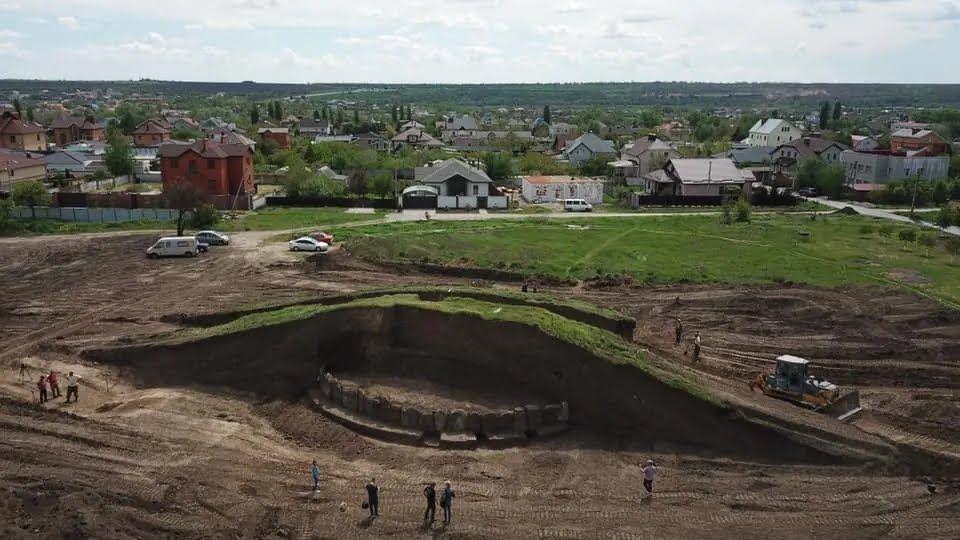 Під час будівництва траси в Дніпропетровській області виявили кромлех.