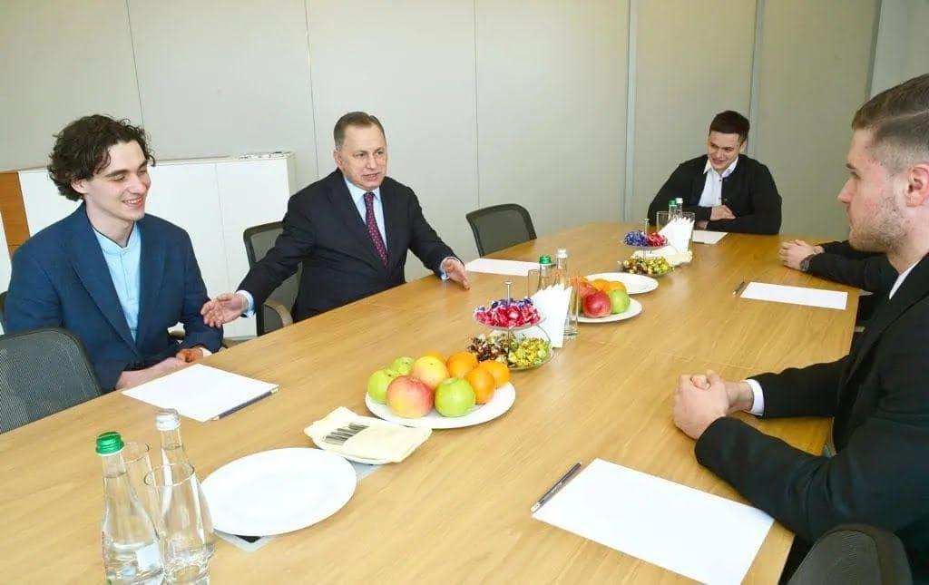 """Борис Колесніков і новачки """"Донбасу"""""""