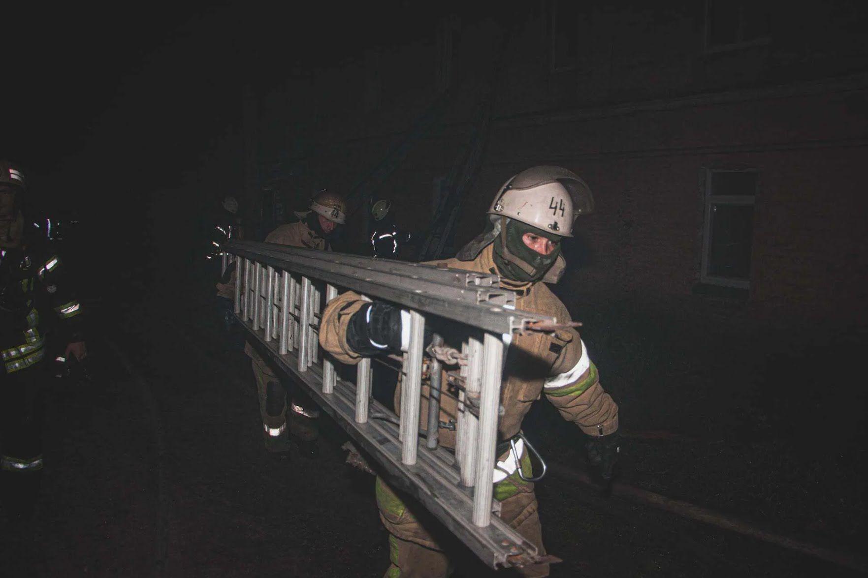 Жертвами пожежі в будинку у Києві стали чоловік і жінка