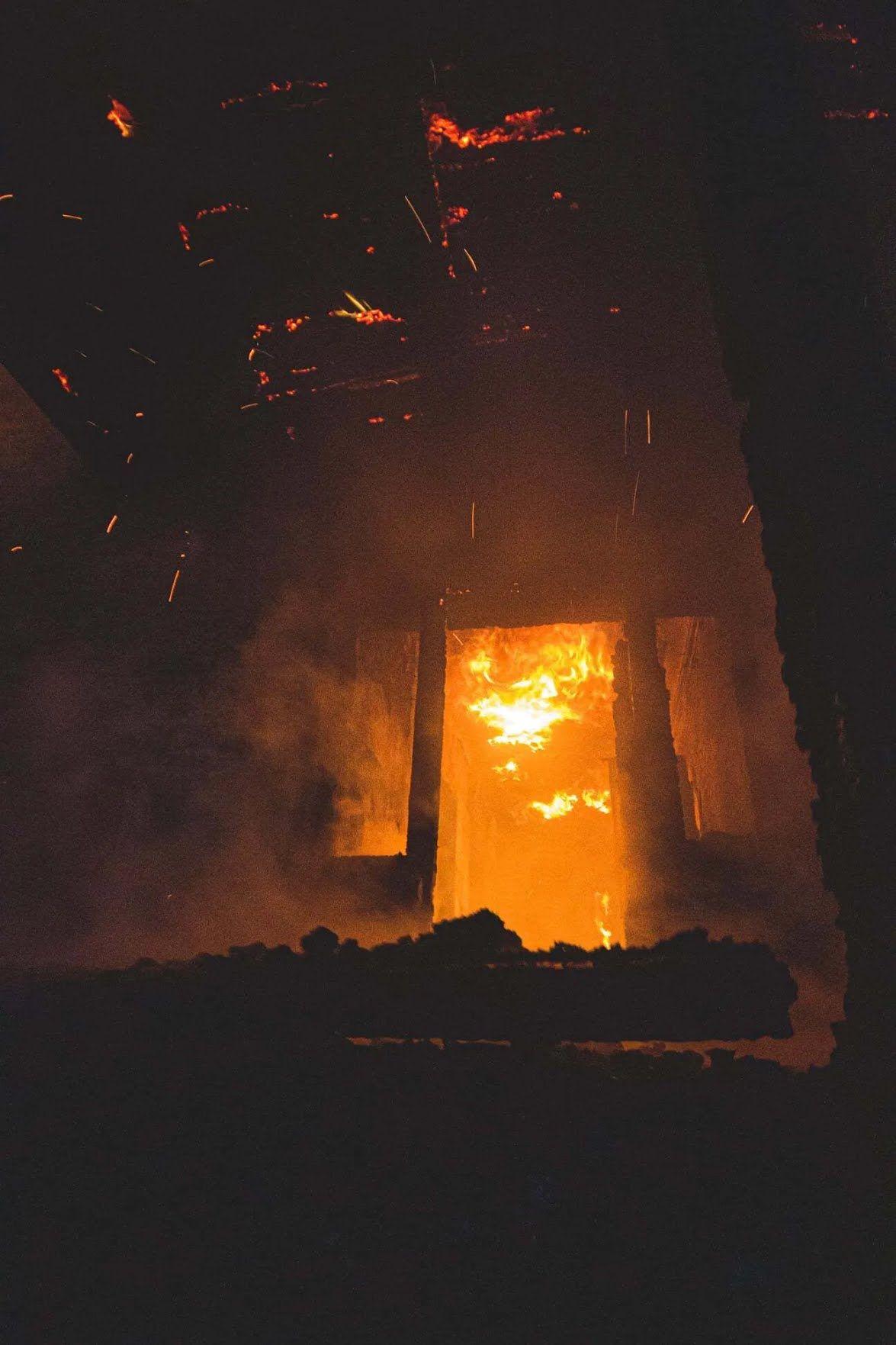 Гасіння пожежі у Києві ускладнювалося відсутністю водопостачання на місці НП