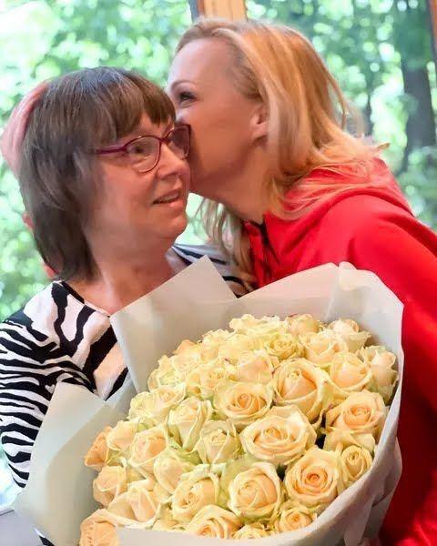 Даша Трегубова показала знімок з мамою