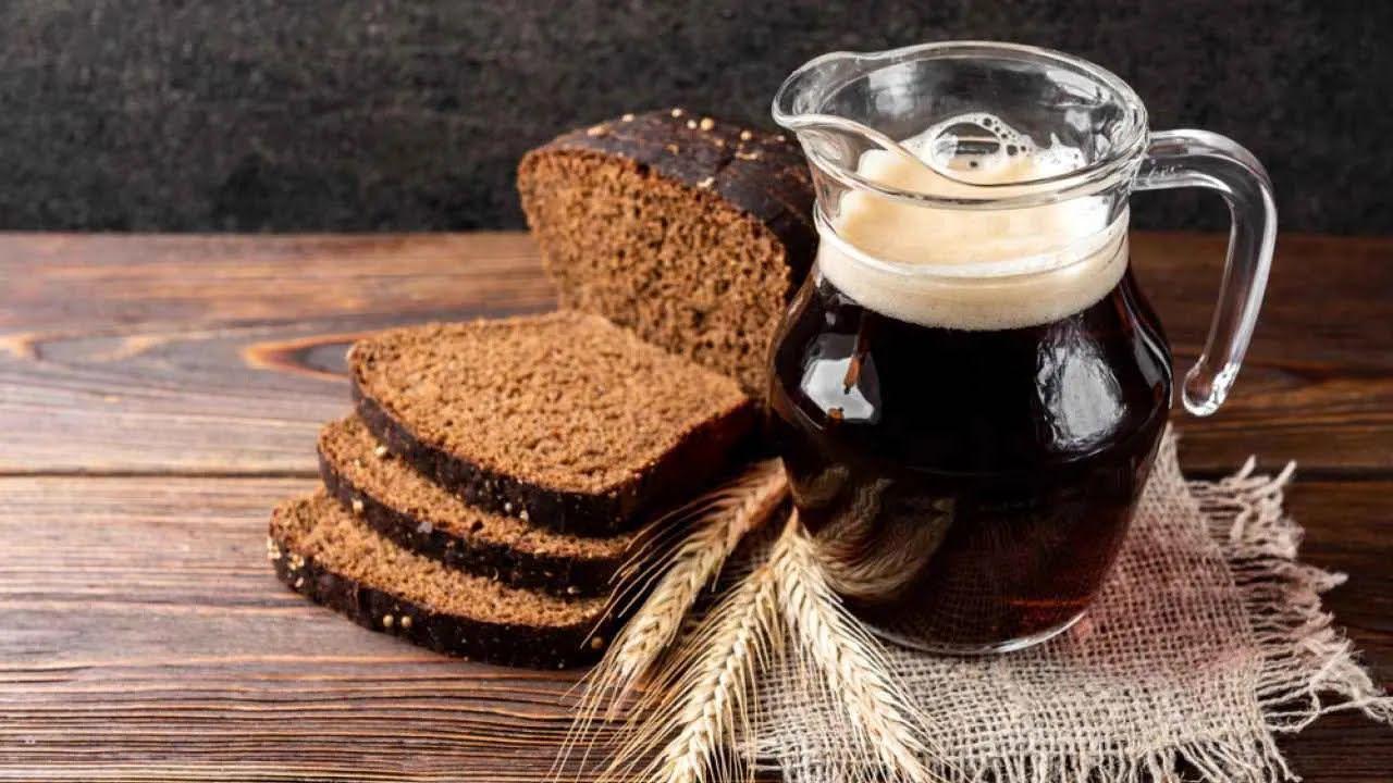 Квас з березового соку і хліба