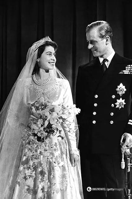 Королева Єлизавета II і принц Філіпп в день весілля