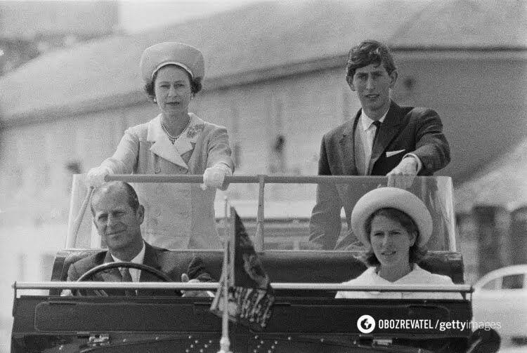 Єлизавета II і принц Філіпп з сином Чарльзом і дочкою Анною, 1967 рік