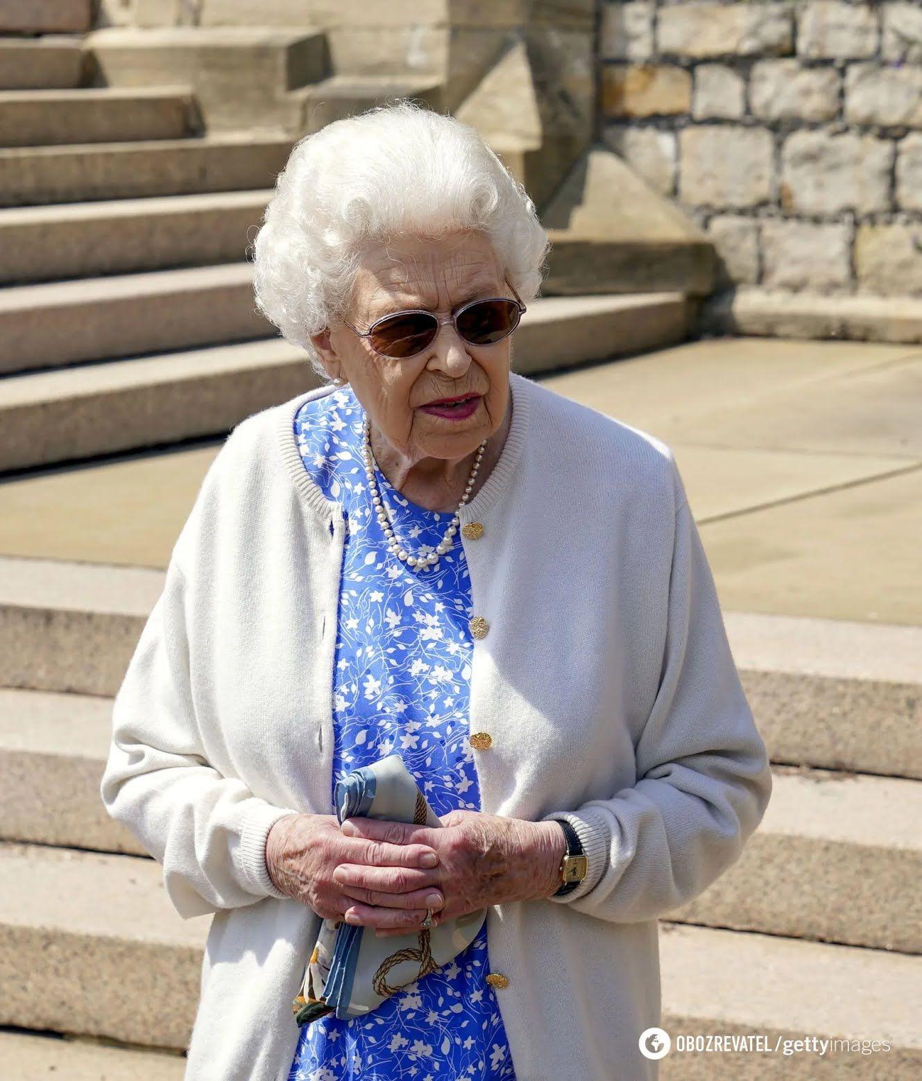 Єлизавета II посадила новий вид троянд на честь ювілею чоловіка.