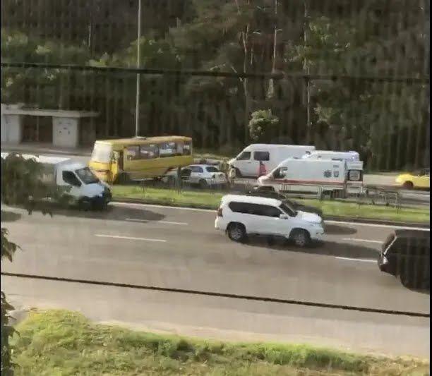Аварія сталась на Броварському проспекті.