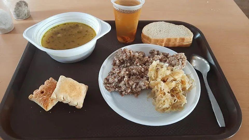 Обід на Гончарівському полігоні