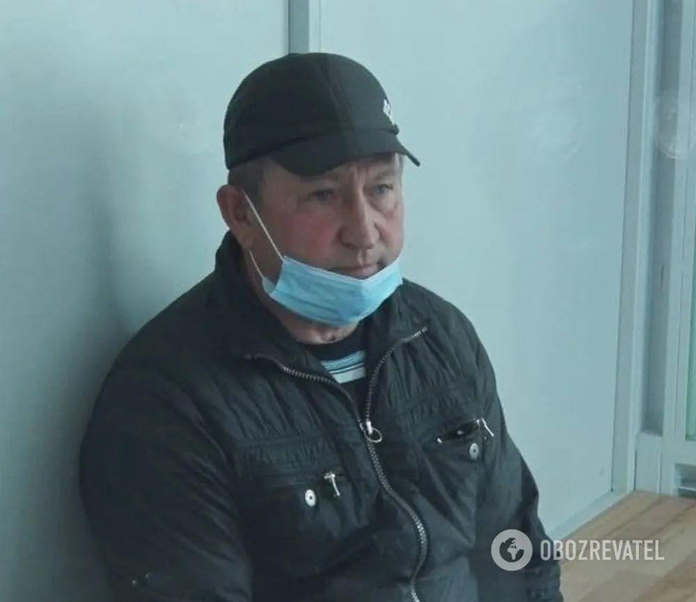 Підозрюваний у вбивстві сім'ї на Житомирщині Олександр Мальцев у залі суду під час обрання запобіжного заходу