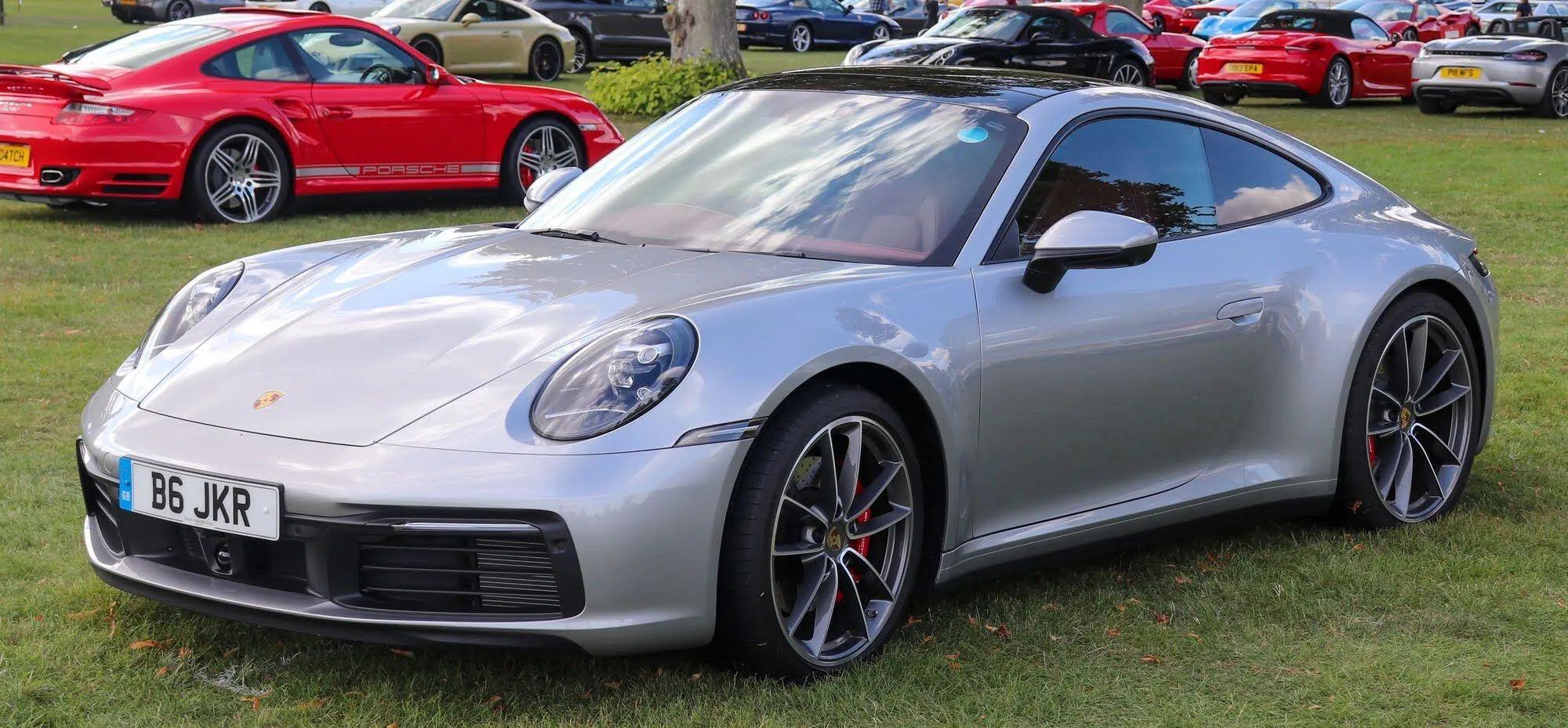 Porsche 911 впервые вышел в 1963 году