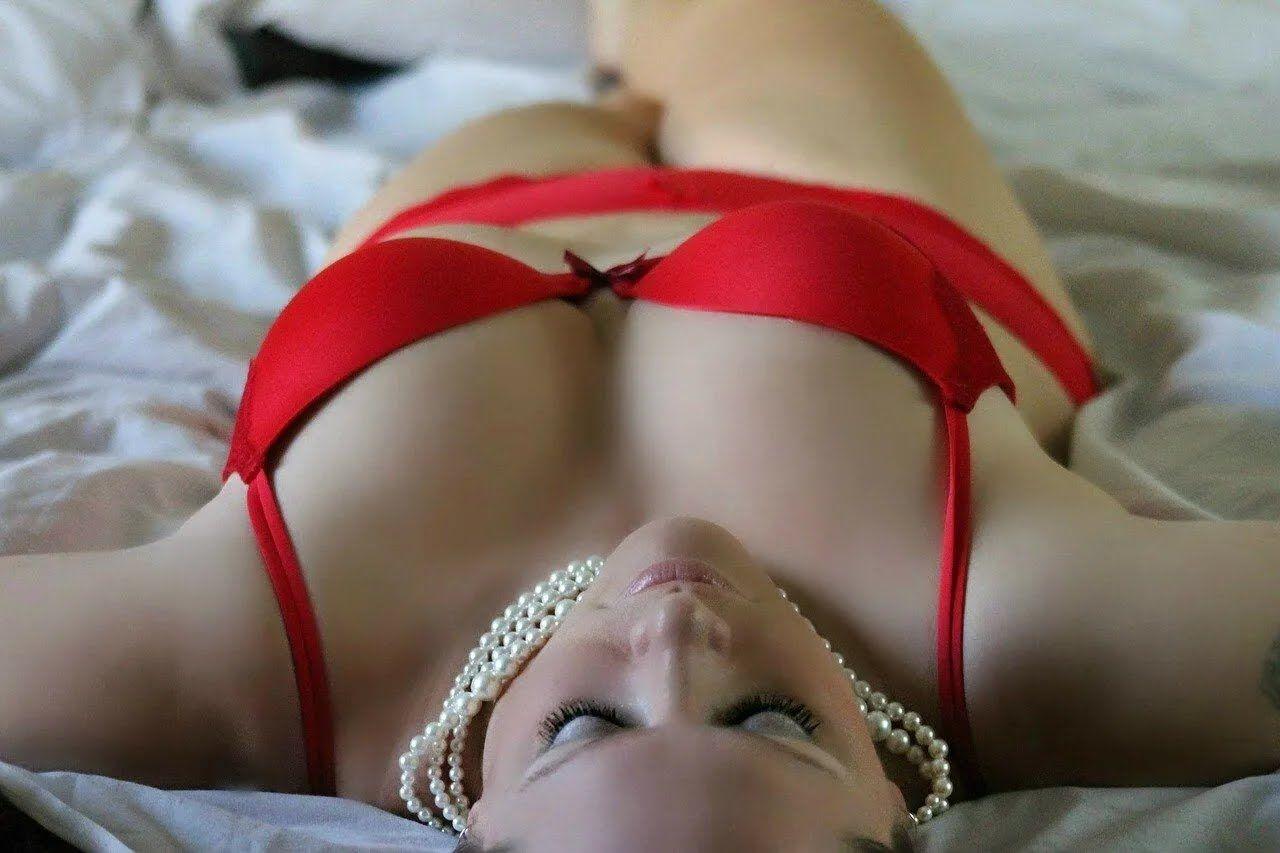 Если девушка флиртует и надела сексуальный наряд – она хочет интима.
