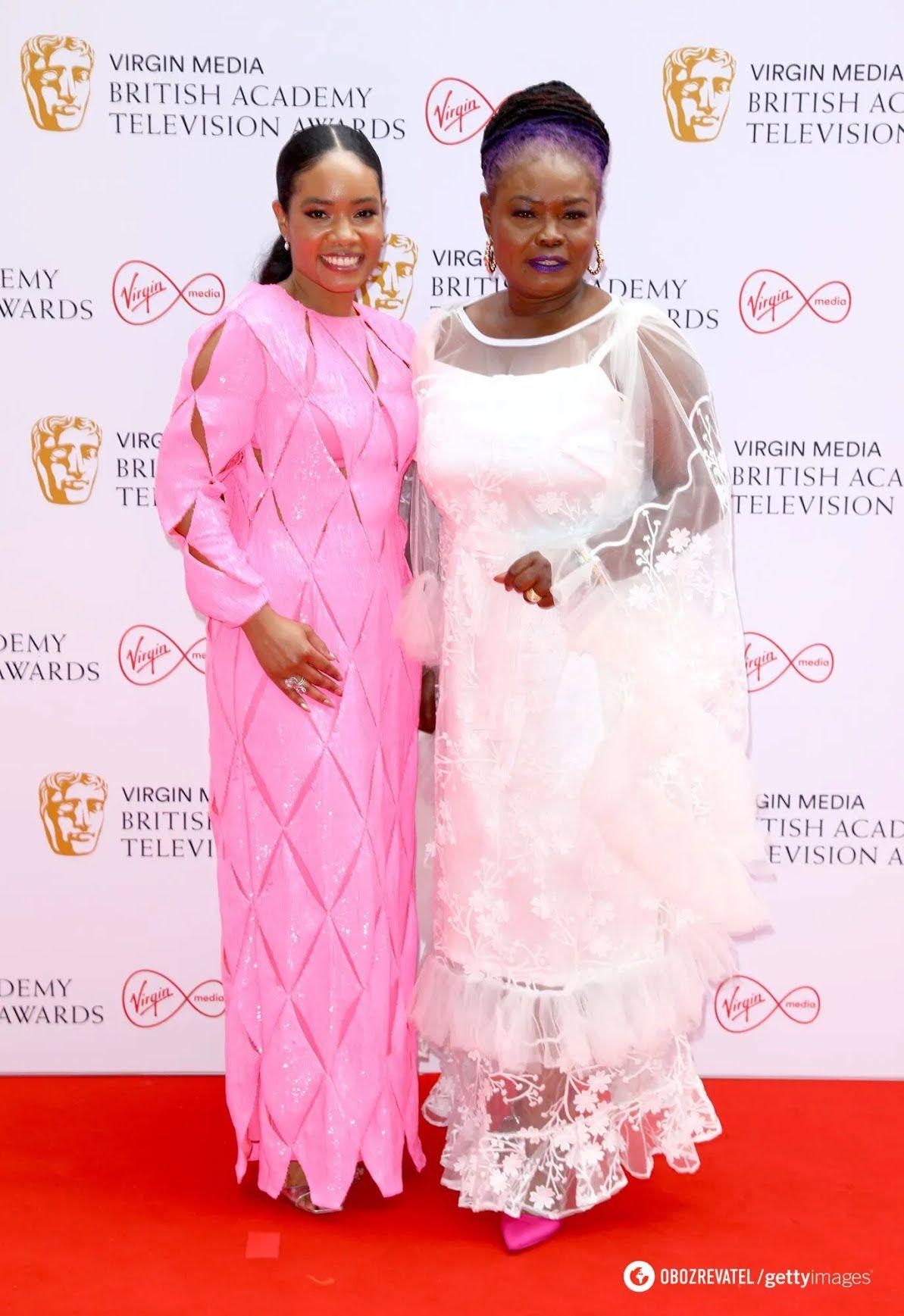 Образы на премии BAFTA 2021