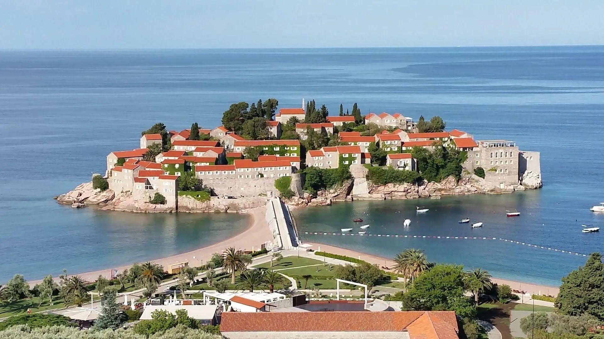 Цены в Черногории очень зависят от местоположения и города