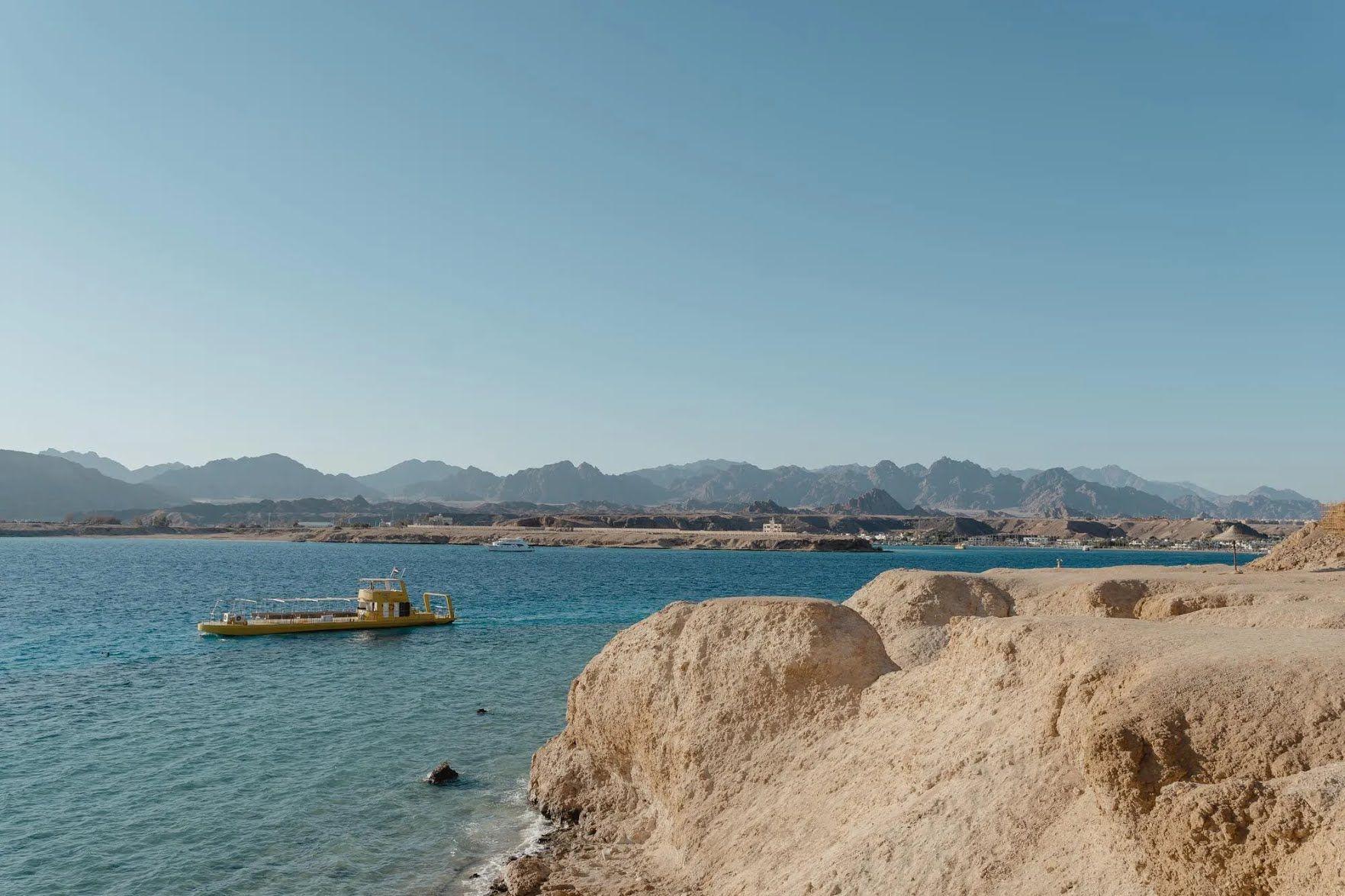 Если вы собираетесь посетить Египет летом, учтите, что на большинстве курортов страны стоит сильная жара