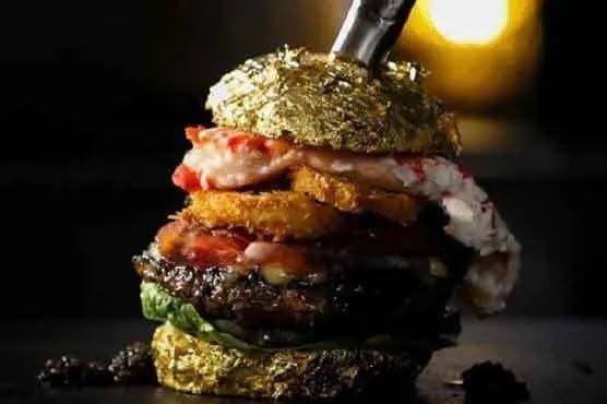 Бургер, созданный Роббертом Яном де Вееном.