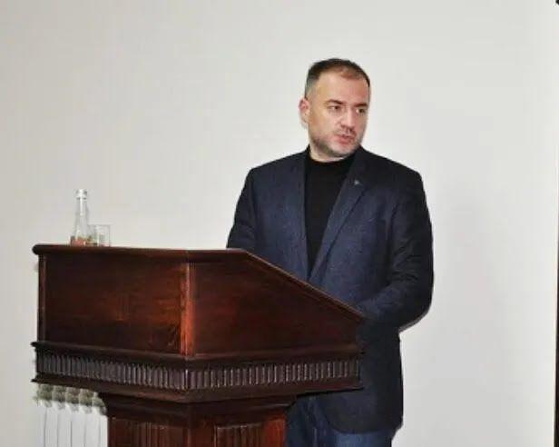 Юрій Стеценко