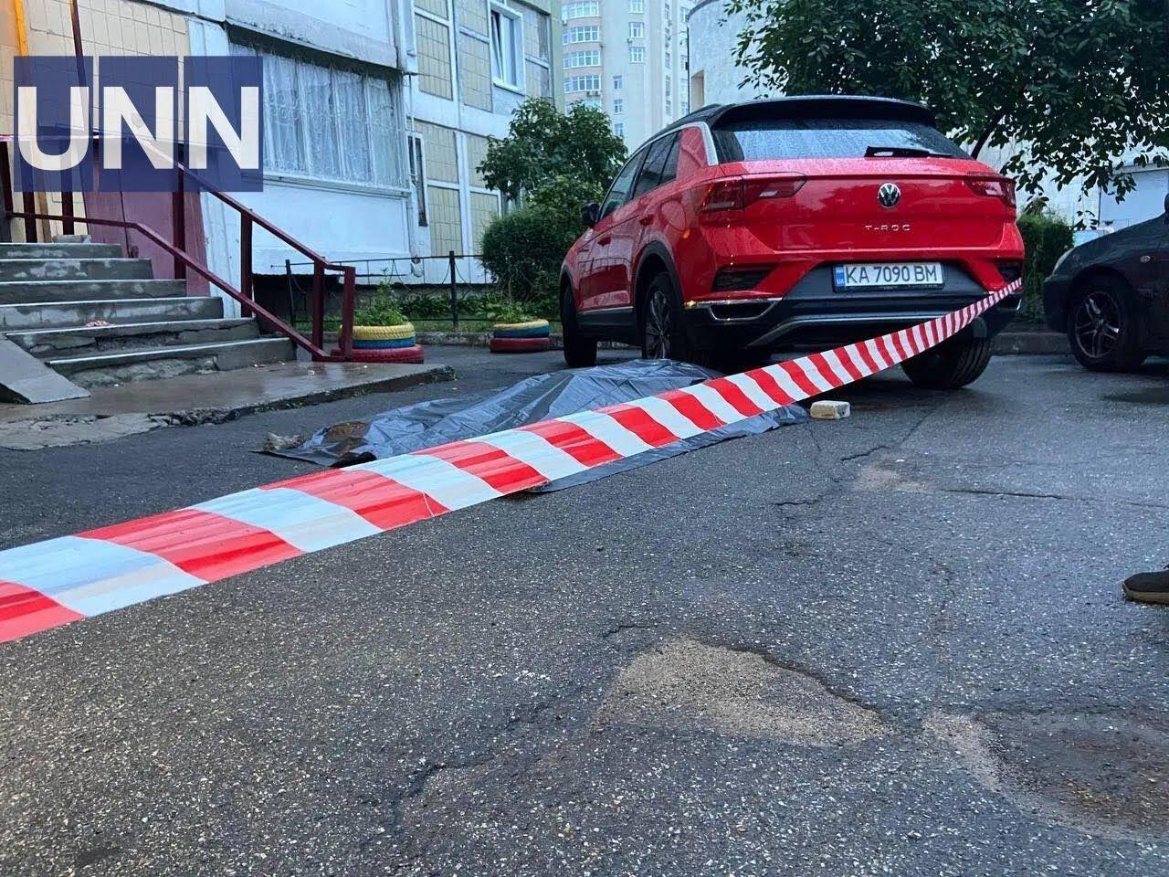 От полученных травм киевлянин скончался на месте происшествия.